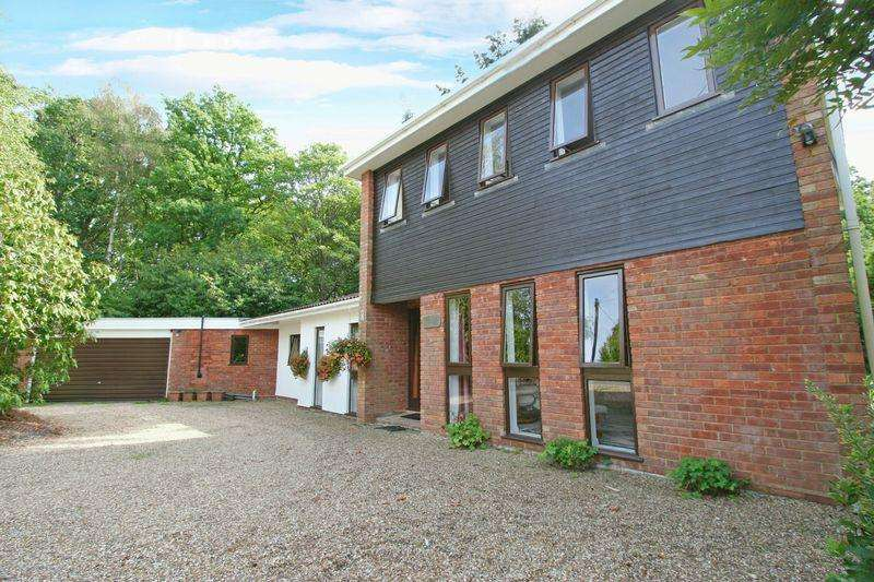 5 Bedrooms House for sale in Cageswood Drive, Farnham Common, Buckinghamshire SL2