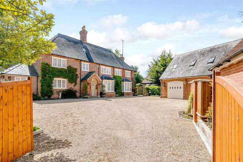 7 Bedrooms House for sale in Manor Road, Barton-Le-Clay, Bedford