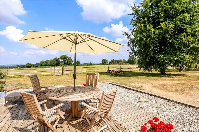 5 Bedrooms Detached House for sale in Headmoor Lane, Four Marks, Alton, Hampshire, GU34