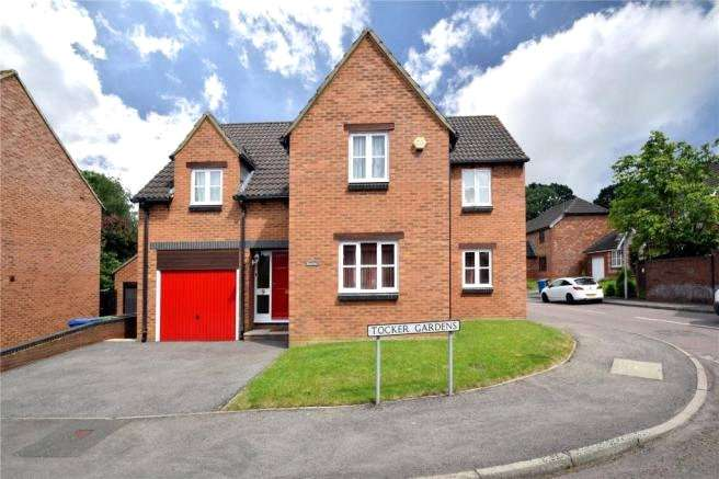 4 Bedrooms Detached House for sale in Tocker Gardens, Warfield, Berkshire, RG42