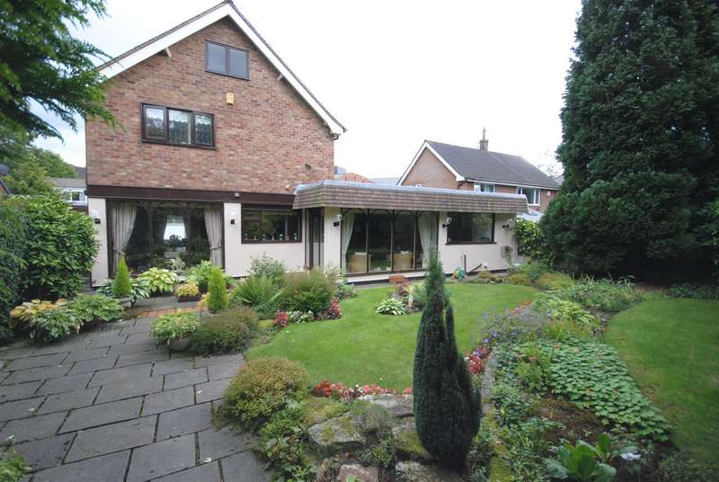 3 Bedrooms Detached House for sale in Wordsworth Avenue, Swinley, Wigan.