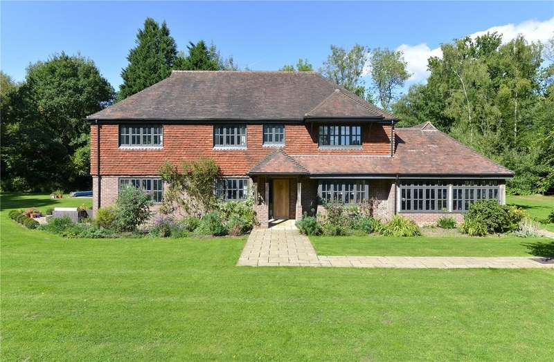 5 Bedrooms Detached House for sale in Dunsfold Road, Plaistow, West Sussex