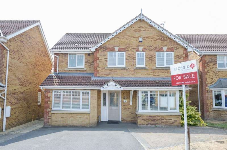 4 Bedrooms Detached House for sale in Kedleston Close, Upper Newbold