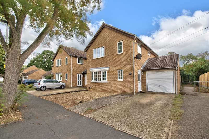 4 Bedrooms Detached House for sale in Douglas Road, Bedford, Bedfordshire, MK41 7YF