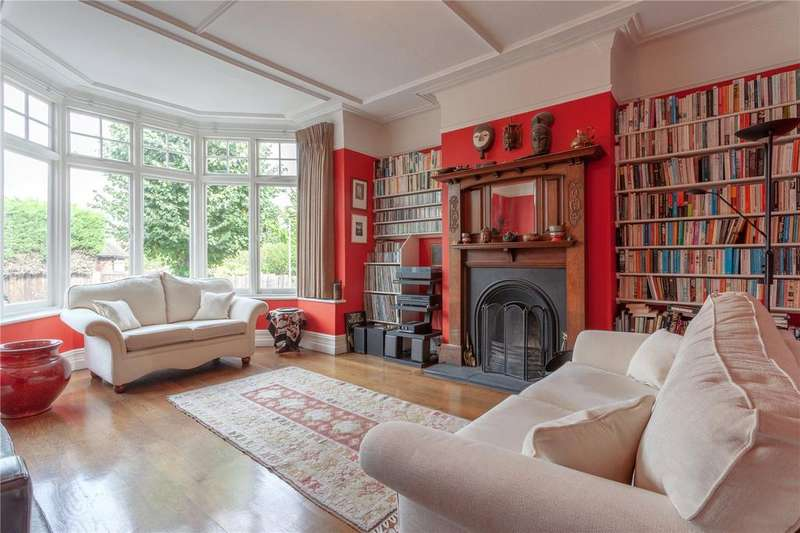 4 Bedrooms Semi Detached House for sale in Monkhams Drive, Woodford Green, Essex, IG8