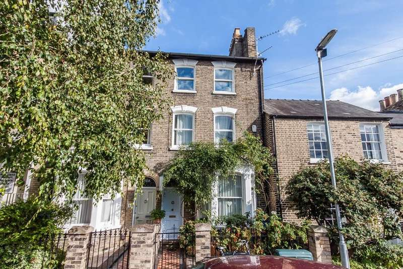 4 Bedrooms Terraced House for sale in Eden Street, Cambridge