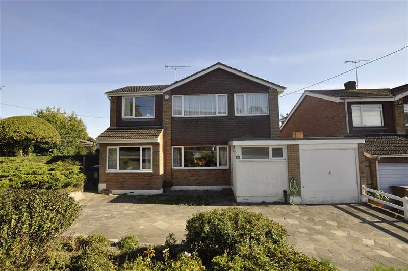 5 Bedrooms Detached House for sale in East Hanningfield Road, Rettendon Common