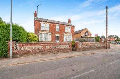 3 Bedrooms Detached House for sale in Lerowe Road, Walsoken, Wisbech, Cambridgeshire