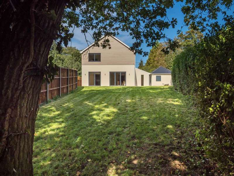 4 Bedrooms House for sale in Station New Road, Brundall