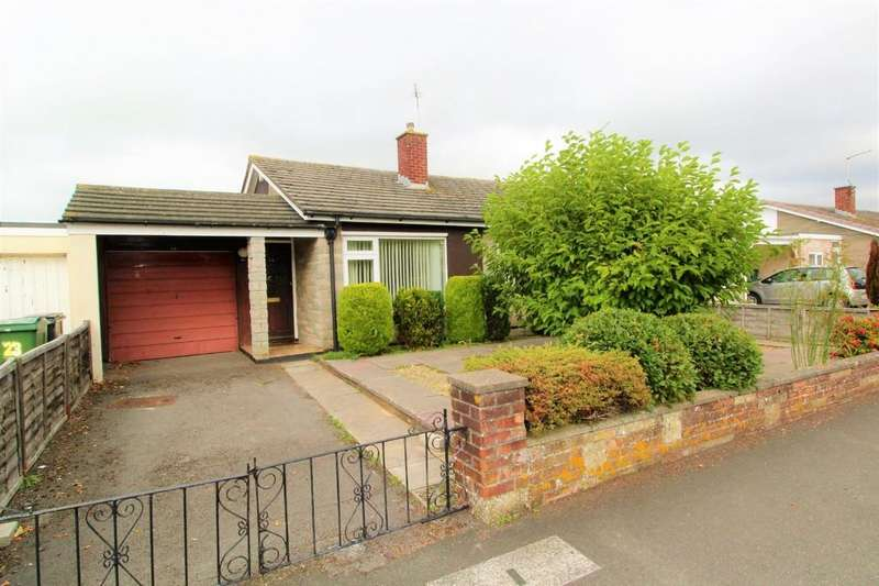 3 Bedrooms Semi Detached Bungalow for sale in Hazelbury Road, Nailsea