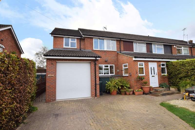 4 Bedrooms Semi Detached House for sale in Hyde End Road, Spencers Wood, Reading, RG7