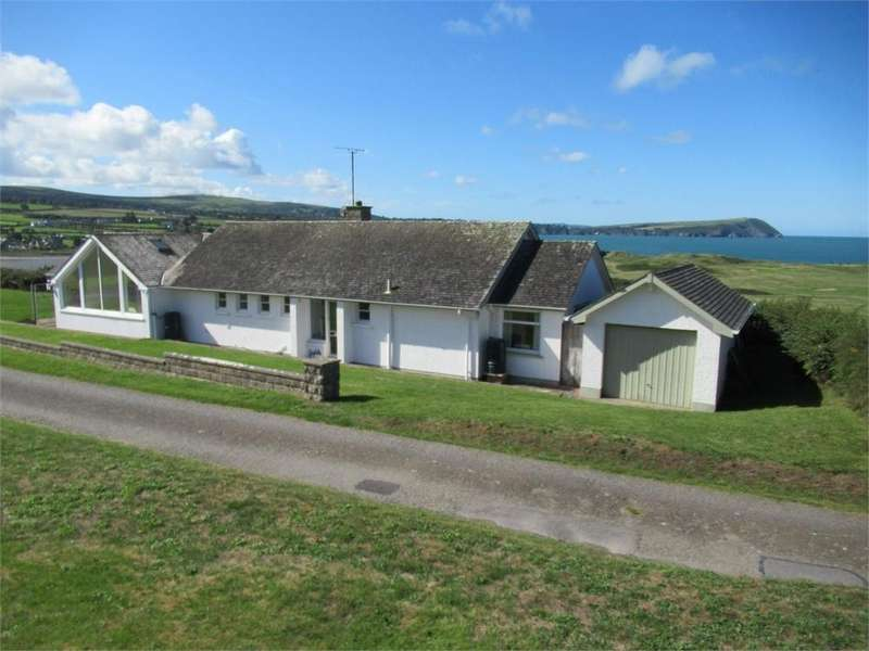 4 Bedrooms Detached Bungalow for sale in Baptiste, Golf Course Road, Newport, Pembrokeshire