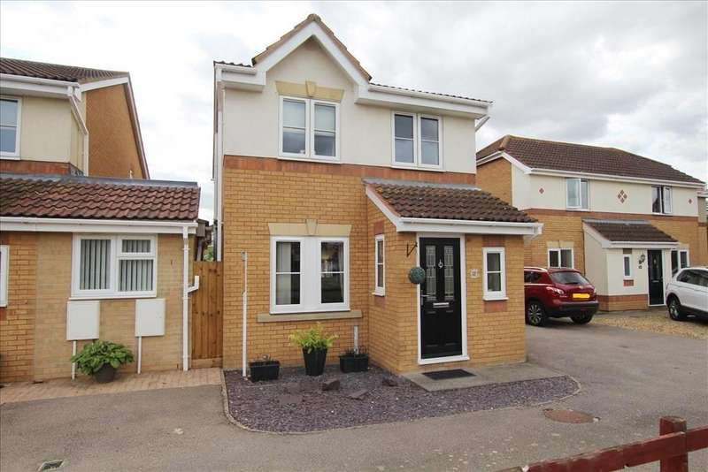 3 Bedrooms Link Detached House for sale in Linnet Close, Sandy, SG19