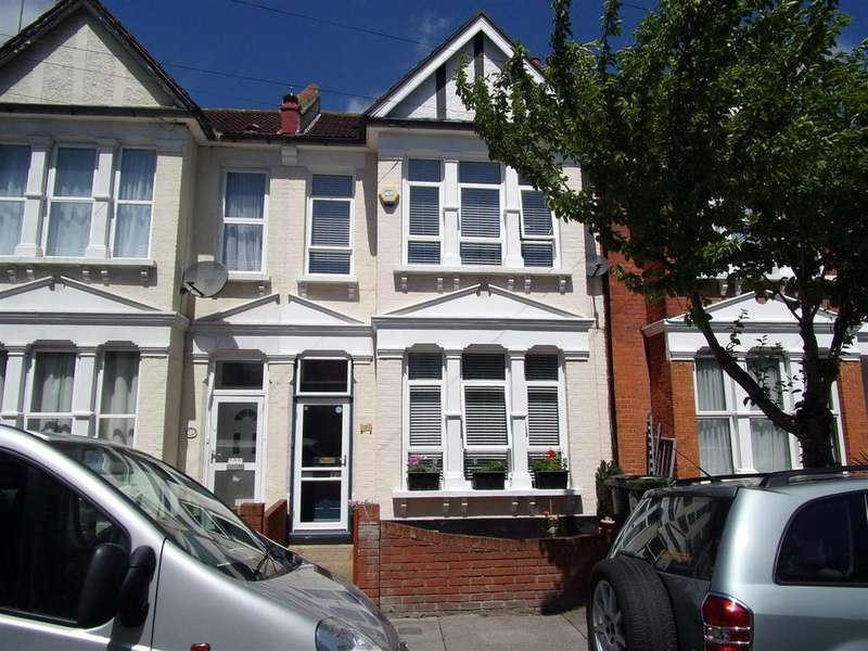 3 Bedrooms Terraced House for sale in Huntly Road, South Norwood, London