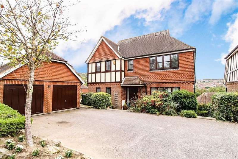 5 Bedrooms Detached House for sale in Stonebeach Rise, St Leonards-on-sea, East Sussex