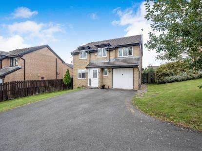 4 Bedrooms Detached House for sale in Chaffinch Grove, Off Sparrowfield Close, Carrbrook, Stalybridge