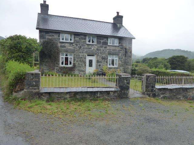 3 Bedrooms House for sale in Llanuwchllyn, Bala