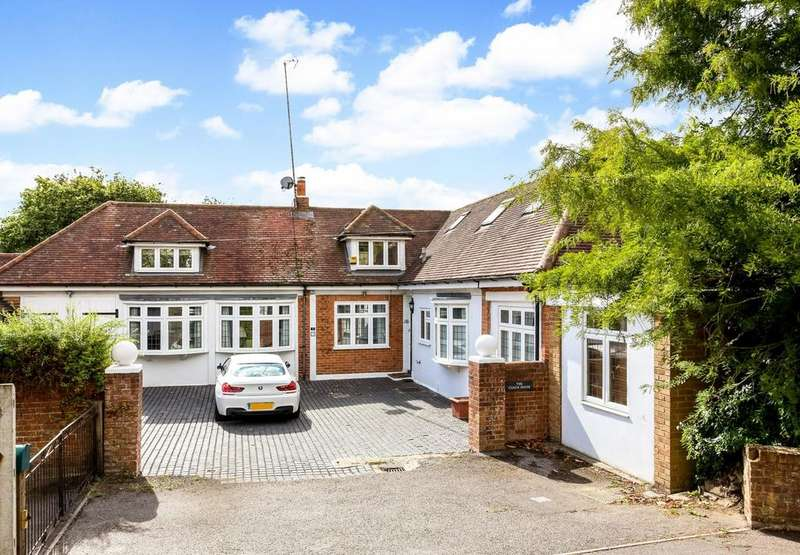 4 Bedrooms House for sale in Vicarage Road, Reading, RG2