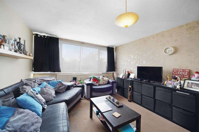 4 Bedrooms Town House for sale in Henderson Close, Neasden