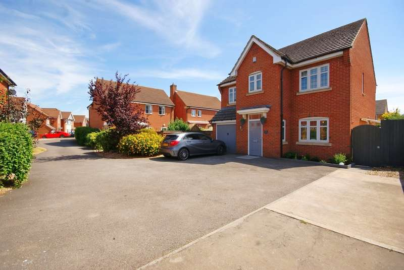 4 Bedrooms Detached House for sale in Winchester Court, North Hykeham LN6
