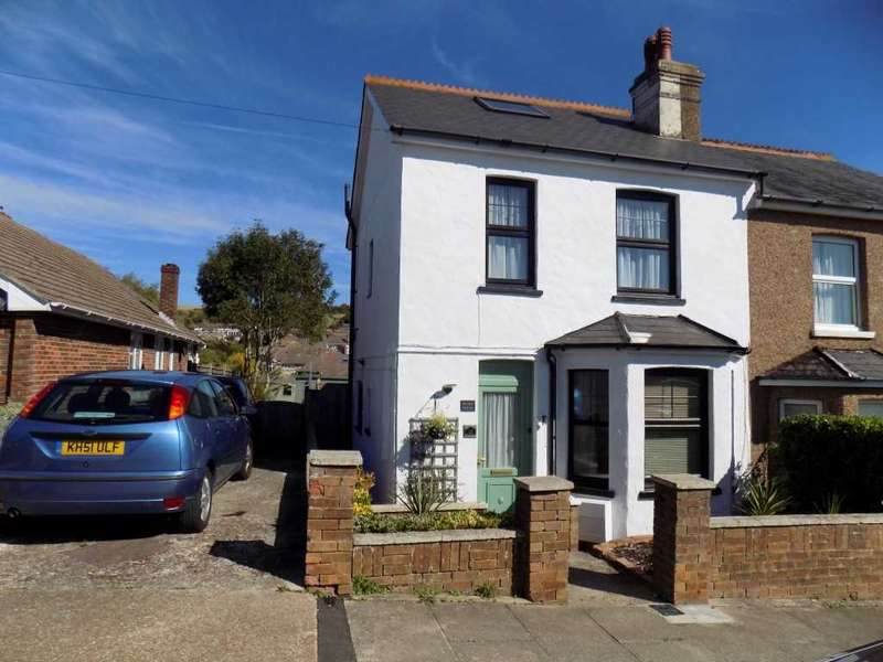 2 Bedrooms Semi Detached House for sale in Thompson Road, Denton, Newhaven