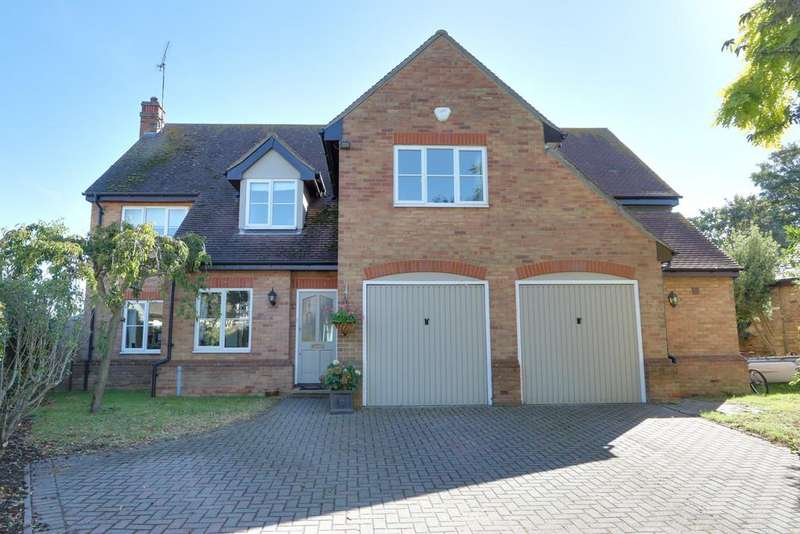 7 Bedrooms Detached House for sale in Common Road, Great Wakering