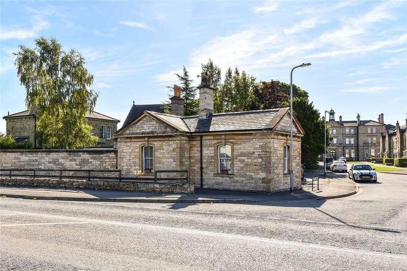 3 Bedrooms Detached Bungalow for sale in Caistor Drive, Bracebridge Heath, LN4