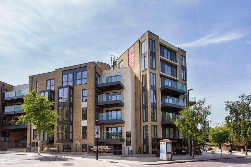 2 Bedrooms Apartment Flat for sale in Highgate Court,Bishops Road, Highgate, N6