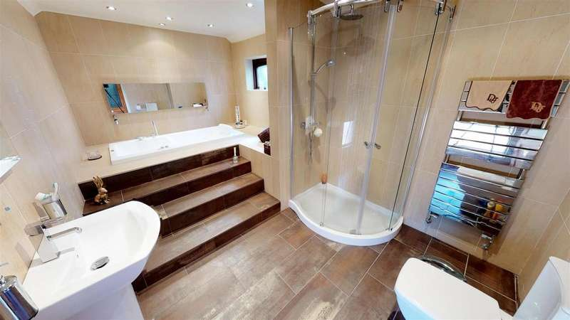 5 Bedrooms Detached House for sale in Church Road, Hetton-Le-Hole, Houghton Le Spring