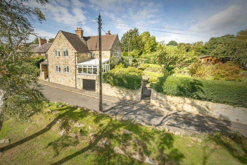 5 Bedrooms Detached House for sale in IVY OAKS, HORSLEY LANE, COXBENCH