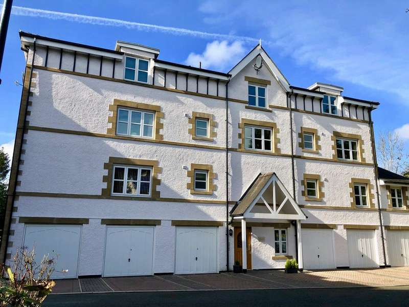 3 Bedrooms Penthouse Flat for sale in Mountain Ash Court, Spooner Vale, Windermere, Cumbria