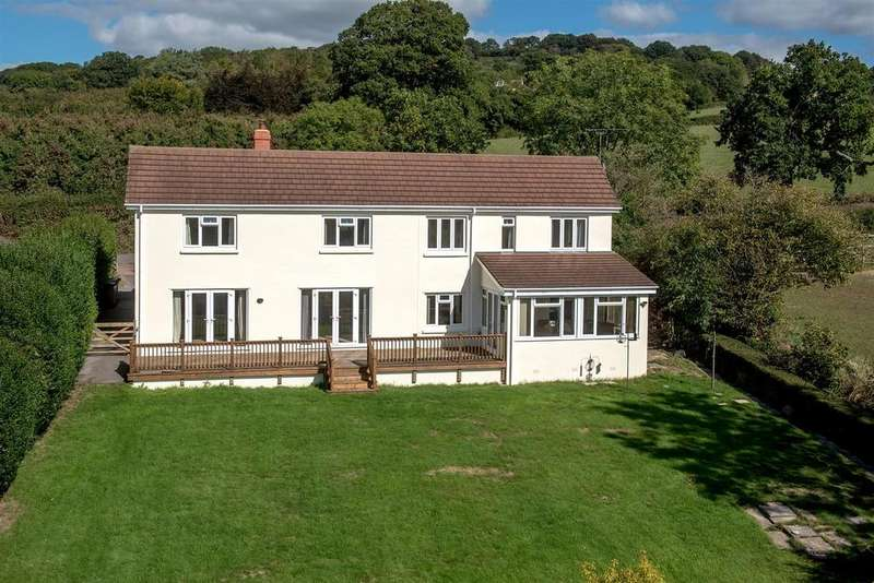 4 Bedrooms Detached House for sale in Withy Lane, Hemyock 0.3 Acre