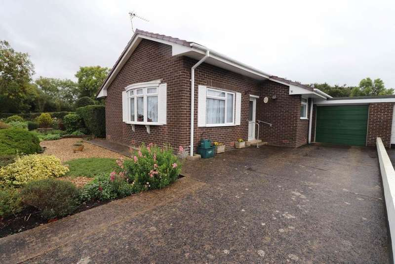 2 Bedrooms Detached Bungalow for sale in Fremington, Barnstaple