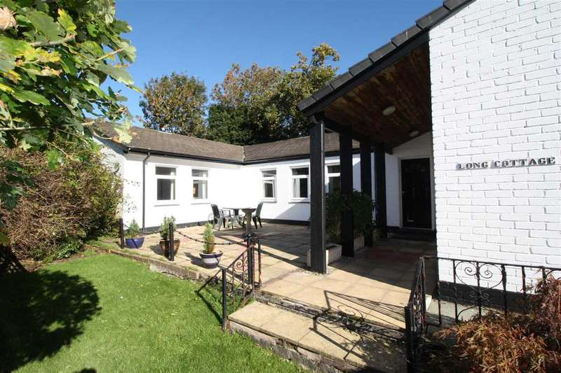 3 Bedrooms Detached Bungalow for sale in Long Cottage, Rosemary Lane, Beaumaris