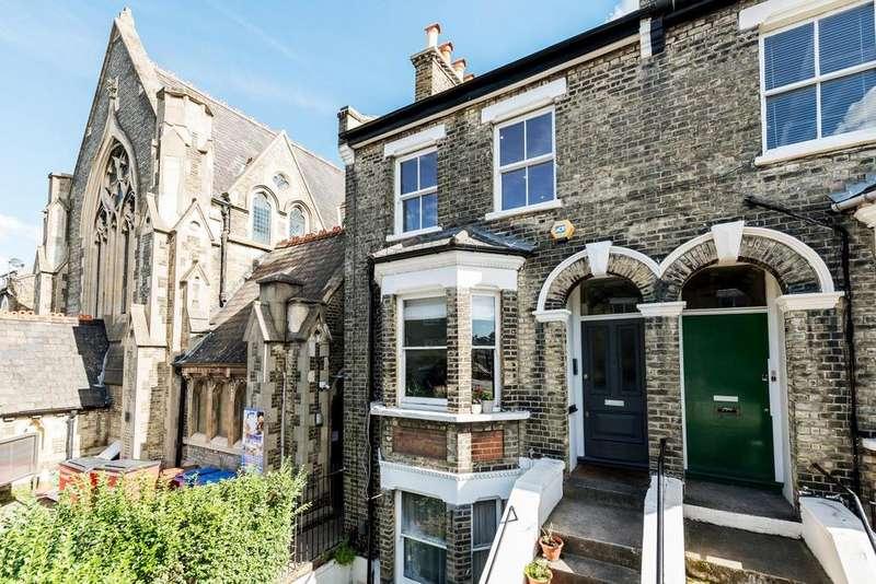 2 Bedrooms Flat for sale in Copleston Road, Peckham