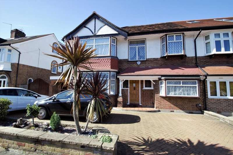 4 Bedrooms Semi Detached House for sale in Delamere Road, Ealing