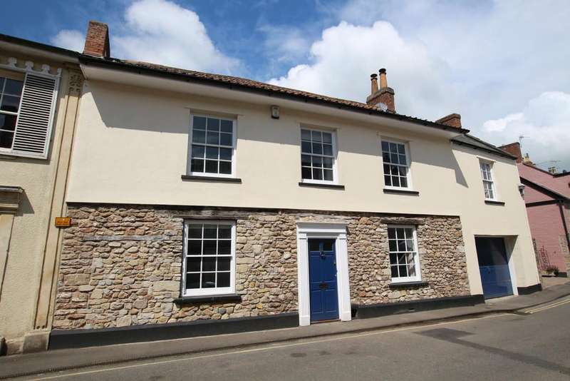 5 Bedrooms Semi Detached House for sale in Impressive five bedroom character home
