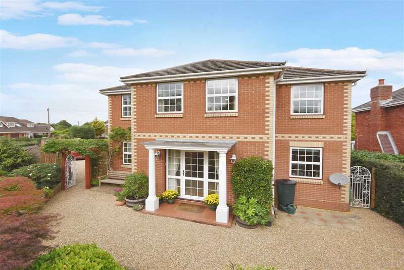 5 Bedrooms Detached House for sale in HAWTHORN LANE, SARISBURY GREEN