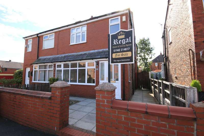 3 Bedrooms Semi Detached House for sale in Headen Avenue, Pemberton, Wigan WN5 8BT
