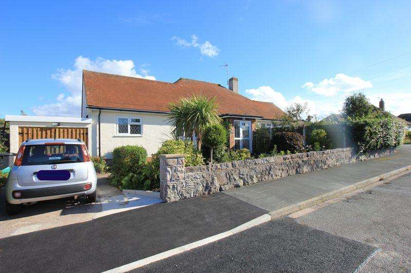 3 Bedrooms Detached Bungalow for sale in Mossley Mount, Penrhyn Bay