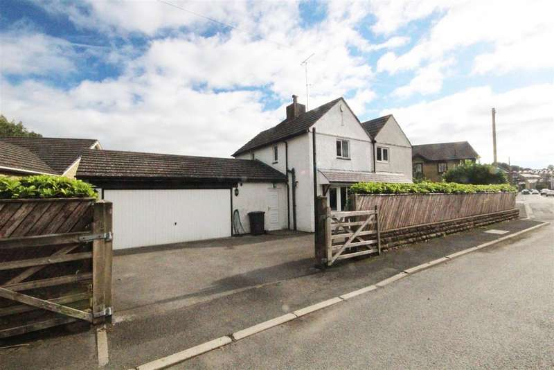 4 Bedrooms Detached House for sale in Station House, Station Road, Foulridge, Colne