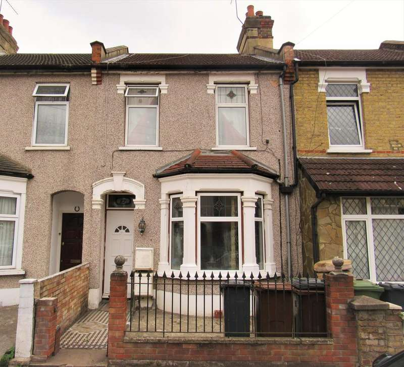 3 Bedrooms Terraced House for sale in St. Awdrys Road, Barking IG11
