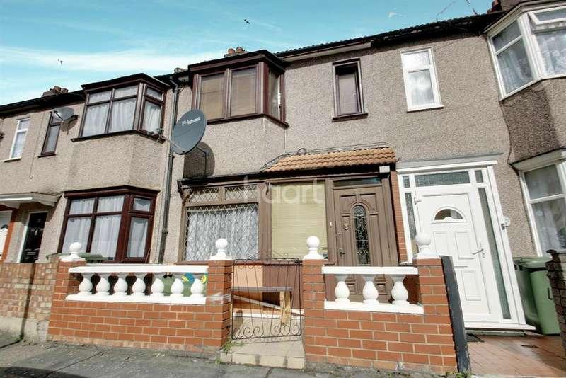 3 Bedrooms Terraced House for sale in Shipman Road, Royal Docks