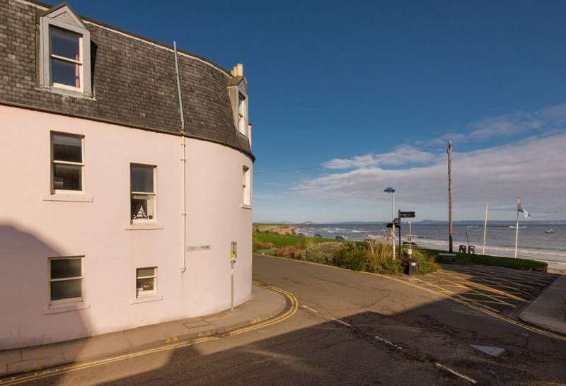 5 Bedrooms Town House for sale in Beach House, 1 Beach Road, North Berwick, East Lothian, EH39 4AB