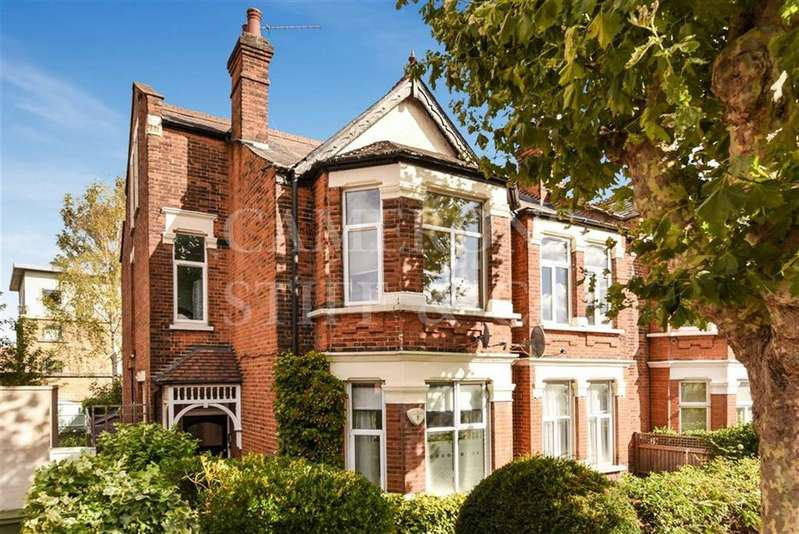 3 Bedrooms Flat for sale in Chatsworth Road, Willesden Green, London, NW2
