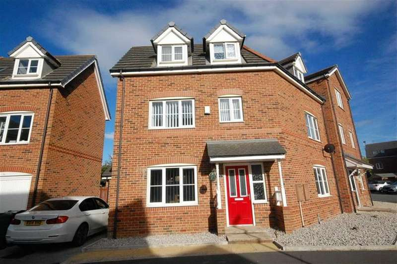 4 Bedrooms Semi Detached House for sale in Westfield Street, Heckmondwike, WF16