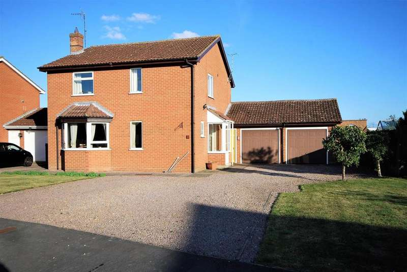 4 Bedrooms Detached House for sale in Town Farm Close, Pinchbeck, Spalding