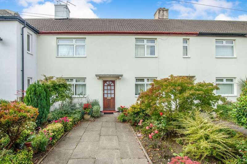 3 Bedrooms Terraced House for sale in Parrs Wood Road, Didsbury , Manchester, M20