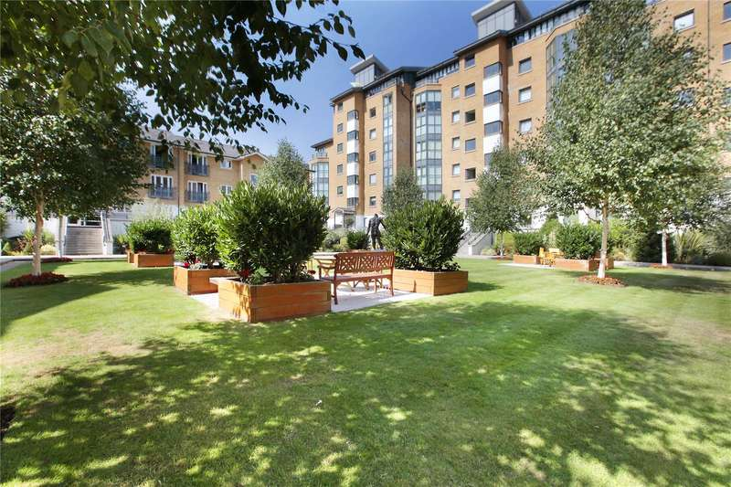 2 Bedrooms Flat for sale in Prices Court, Cotton Row, London, SW11