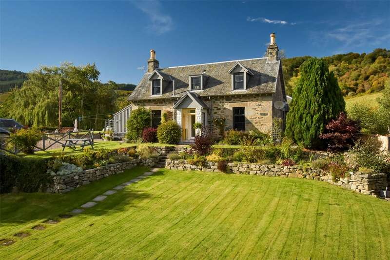 4 Bedrooms Detached House for sale in Croftnamuick, Aberfeldy, Perthshire, PH15